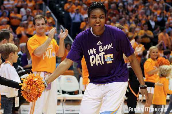 Alabama at tennessee lady vols preview footballtime for Pat summitt foundation t shirts