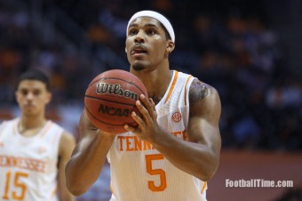 VolFeed: Jarnell Stokes Goes Pro, Twitter Reacts