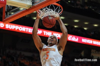 Tennessee Vols get a chance to battle-test themselves against Iowa